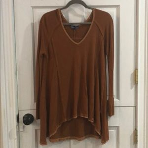 Tops - Long long sleeved tee from the brand Shore